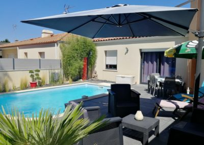 Location_T2_terrasse_piscine_03